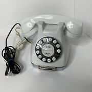 Working Modern Style White Classic Phone Push Button Desk Top Telephone.