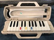 Vtg Yamaha Pianica Melodica Keyboard Rare P-25e Model Best There Is Storage Find
