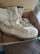 Us. Military Wellco Army Combat Boots Desert Size 13.5 R. Waterproof. New