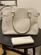 Louis Vuittons Handbags Authentic Used + Wallet