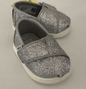 Toms Shoes Size Baby 2 Nwt