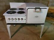 1930s Antique Electric Stove Made By Universal Electric. Needs Some Tlc.andnbsp
