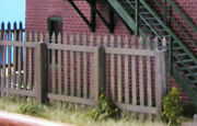 Commercial Wood Fence, Limited Edition Kit - S Scale