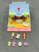 Bluebird Polly Pocket 1995 Dress Shop Pollyville W/ Dolls Hats Dresses And Skirt