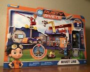 ✅brand New Rusty Rivets Lab Playset 27 Piece Portable Toys R Us
