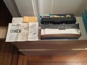 Athearn Ho Scale New York Central Lines Diner Cars - Kit 1892 1 New And 1 Used