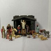 Vintage Early German Nativity W/21 Figures And Creche Finger Molded Papier Mache