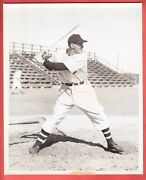 1941 Boston Braves Team Issue Glossy Type 1 8 X 10 Chet Ross