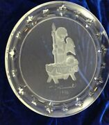M.i. Hummel Avon 1996 Collectible Plate Nativity With Angel Lead Crystal Goebel