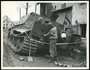 Wwii 1945 German Assault Tiger Tank Knocked Out By Giand039s Type 1 Original Photo