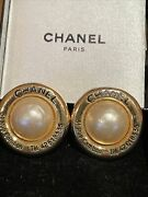 Earrings Vintage Round Pearl Gold Border Before 1980 Boxed Free Pandp Rare