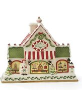 Lenox Hosting The Holidays Light-up And Musical Bakeshop Centerpiece New In Box