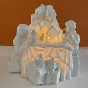 Dept 56 Winter Silhouette A Family Tradition White Porcelain Christmas In Box
