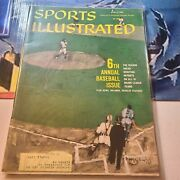 Vintage Lot Of 6 1960's Sports Illustrated Magazines In Great Condition.