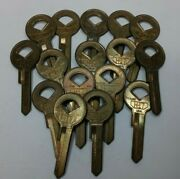 16 Nos Curtis H17 H-17 Key Blanks New Old Stock For Ford