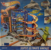 Hot Wheels Super Ultimate Garage Playset Cars Collectible King Long Pterodactyl