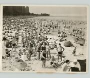 Swimmers Face Camera Crowded Beach Nyc New York Like Weegee 1940 Press Photo