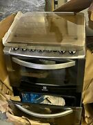 Gas Stove 4 Burner 2 Ovens/grill And Triple Flame Electrolux Silver Automatic
