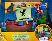 2013-jake And The Neverland Pirates -hooks Night Battle Boat Glow In The Dark