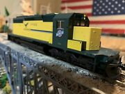 Ho Scale Kato Emd Sd40-2 Cnw Chicago And Nw 6922 Diesel Powered Well Detailed New