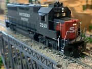 Ho Scale Athearn Genesis Gp40-2 Dcc Ready Sp Southern Pacific Amazing Details