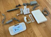 Nintendo Wii U Basic Set 8gb White Handheld System - With Nyko Charger - Read.