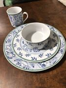 Villeroy Boch China Dinnerware Switch 3 Set For 12