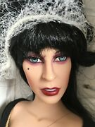 Tonner Convention 2008 17 Vinyl Doll Elivra Mistress Of The Dark Le300 And Signed