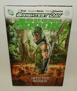 Dc Comics Brightest Day Green Arrow Into The Woods 2011 Hardcover Book Nm