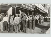 Youngstown Ohio Steel Workers On Strike Line Up For Govandrsquot Aid 1952 Press Photo