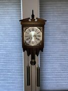 Linden Wall Clock Battery Operated Keeps Time Chimes Japan