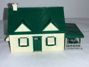 Plasticville Ho Scale Green And White Rancher House/ Farm House Vintage W/ Patio