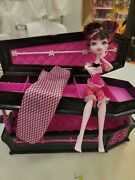 Monster High Dead Tired Draculaura W/coffin Bed And Accessories Euc