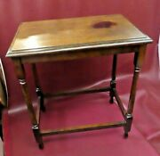 Antique Early 20th Century American Oak 27 Tall Occasional End Table C.1915
