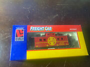 Lifelike, Boxed, Atsf 999851 Red And Silver Santa Fe Caboose - Cab09
