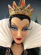 """In Hand Disney Store Snow White Evil Queen 17"""" Limited Edition Doll 1141/4000"""