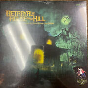Avalon Hill Betrayal At House On The Hill Board Game - Av26633