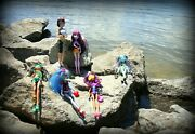 Monster High Gloom Beach 6 Doll Lot W/ Accessories Stands Frankie Cleo Ghoulia +