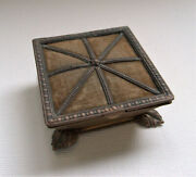 Antique Rare Victorian W Avery And Son Redditch Queenand039s Footstool Needle Case
