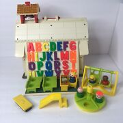 Vintage Fisher Price Play Family School House With Little People 1971