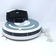 500 Series Irobot Roomba White And Silver W/ Charger Needs New Battery