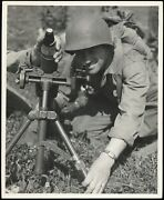 1944 Wwii Us Gis Sight A 60mm Mortar France Type 1 Original Signal Corps Photo