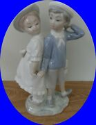 Lladro Puppy Love Boy And Girl Holding Hands 1127 Beautiful.