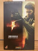 Hot Toys 1/6 Biohazard Chris Redfield Bsaa Version Action Figure Complete