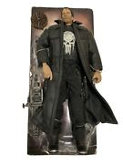 """Marvel Studios """"the Punisher"""" 2004 12"""" Action Figure No Box Still On Card"""