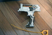 Beyblade V Force Gold 2x Duotron Master Launcher Right Spin