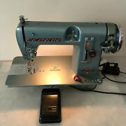 Vintage 1956 Sewmor Style 606 Sewing Machine Tested. M.i.japan