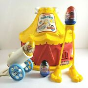 Weeble Circus Starring Wobbles W/ 3 Weebles Vtg 1977 Hasbro Cannon Stilts