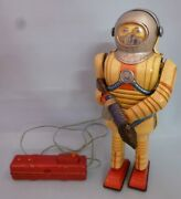 Nomura Toy Earth Man Made In Japan Electronic Remote Controlled Tin Toy Astr...