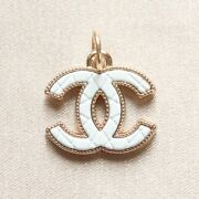 Zipper Pull Pendant, 20mm, Gold, White, Quilted, Stamped